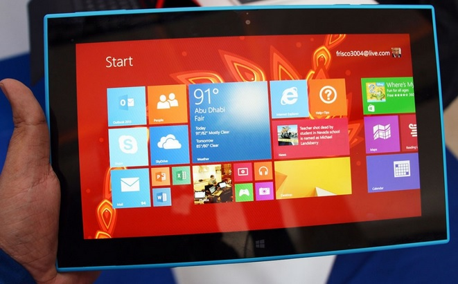 Front view of the Tablet running Windows 8.1 RT