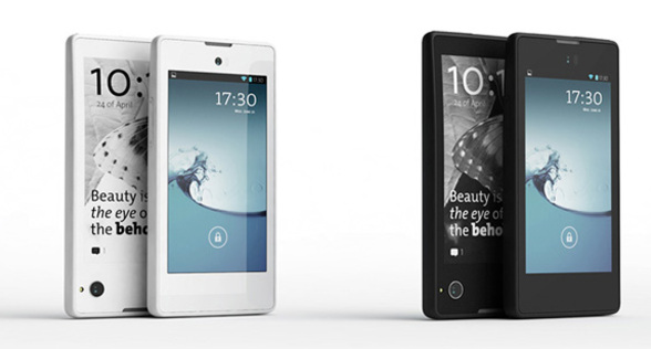 YotaPhone Review